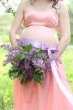 Conceito da gravidez Cadeira de plataforma na praia em Brigghton Foto de Stock Royalty Free