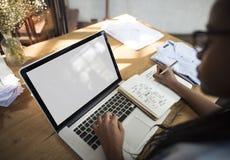 Conceito da introspecção de Computer Learning Education do estudante Imagens de Stock