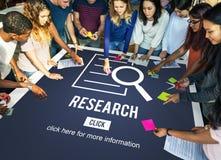 Conceito da investigação da descoberta da análise da pesquisa foto de stock royalty free