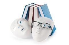 Conceito da leitura com máscaras, livros Imagens de Stock