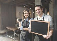 Conceito da loja de Barista Staff Working Coffee fotos de stock