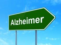 Conceito da medicina: Alzheimer no fundo do sinal de estrada Foto de Stock Royalty Free