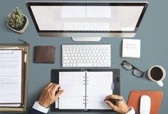 Conceito da mesa do espaço de trabalho do escritório de Business Objects foto de stock royalty free