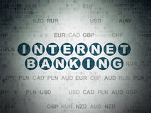 Conceito da moeda: Internet banking no fundo do papel dos dados de Digitas fotografia de stock royalty free
