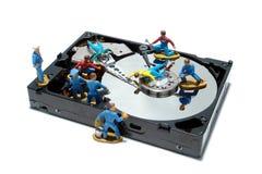 Conceito da movimentação de disco duro do computador para a manutenção Imagens de Stock Royalty Free
