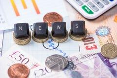 Conceito da notícia da finança com libras Fotos de Stock Royalty Free