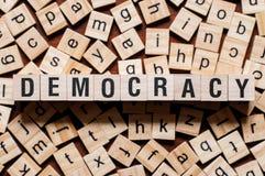 Conceito da palavra da democracia imagem de stock