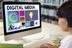 Conceito da rede do Cyberspace da tecnologia dos meios de Digitas fotos de stock