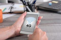 conceito da rede 4g em um smartphone Imagens de Stock