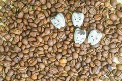 Conceito da saúde - dentes deteriorados do café bebendo Fotografia de Stock
