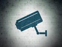 Conceito da segurança: Câmera do Cctv no fundo do papel dos dados de Digitas Imagens de Stock Royalty Free