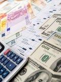 Conceito da troca de moeda Dólar americano E euro fotos de stock royalty free