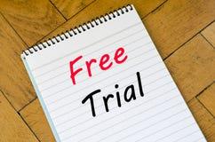 Conceito da versão de avaliação gratuita no caderno Fotos de Stock Royalty Free