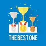 Conceito da vitória do sucesso do vetor com copos, pódio, medalhas e confetes Fotos de Stock Royalty Free