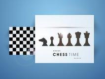 Conceito da xadrez com placa e suas figuras Fotografia de Stock