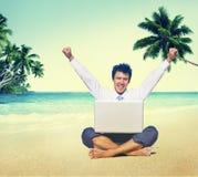 Conceito das férias de Working Success Beach do homem de negócios Imagem de Stock