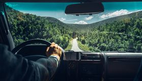 Conceito das férias do desejo por viajar do curso de carro da liberdade Fotografia de Stock Royalty Free