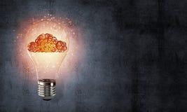Conceito das inovações de Eco por meio da ampola Fotografia de Stock