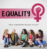 Conceito das oportunidades iguais do feminismo do poder da menina das mulheres Foto de Stock Royalty Free