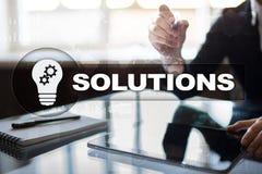 Conceito das soluções do negócio na tela virtual Fotografia de Stock Royalty Free
