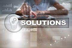 Conceito das soluções do negócio na tela virtual Imagens de Stock