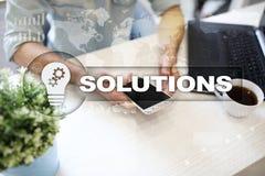 Conceito das soluções do negócio na tela virtual Imagem de Stock Royalty Free