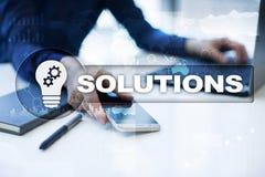 Conceito das soluções do negócio na tela virtual Imagem de Stock