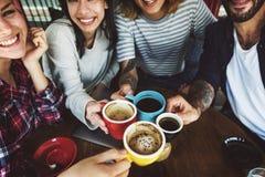 Conceito de acampamento da amizade da unidade da ruptura de café Foto de Stock Royalty Free