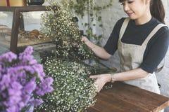 Conceito de Botany Bouquet Blooming do florista da loja do florista fotos de stock