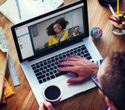 Conceito de conversa de uma comunicação de Facetime da chamada video Foto de Stock Royalty Free