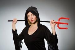 Conceito de Dia das Bruxas com mulher Fotos de Stock Royalty Free