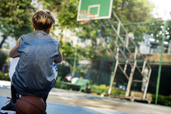 Conceito de Exercise Sport Stadium do atleta do jogador de basquetebol Fotografia de Stock Royalty Free
