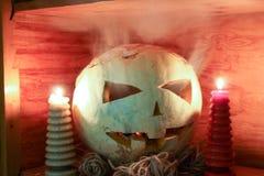 Conceito de Halloween O sorriso da abóbora Imagens de Stock Royalty Free