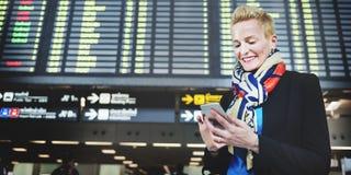 Conceito de Lifestyle Commuter Connection da mulher de negócios imagem de stock royalty free