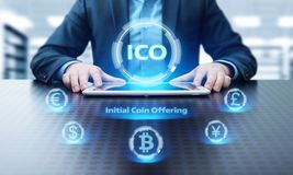 Conceito de oferecimento da tecnologia do Internet do negócio da moeda da inicial de ICO Imagem de Stock Royalty Free