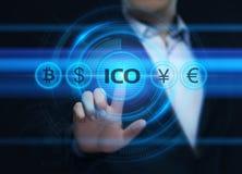 Conceito de oferecimento da tecnologia do Internet do negócio da moeda da inicial de ICO fotos de stock royalty free