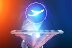 Conceito de registrar o bilhete de avião em linha - conceito do curso imagens de stock