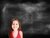 Conceito de sorriso alegre bonito adorável das meninas Imagens de Stock Royalty Free
