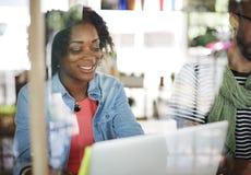 Conceito de Team Corporate Planning Communication Internet fotos de stock royalty free