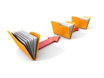 Conceito de transferência de dados com os dobradores e as setas amarelos do escritório Imagem de Stock
