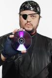 Conceito disparado do homem como o pirata do Internet Foto de Stock