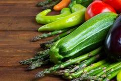 Conceito do alimento do vegetariano Produto-vegetais frescos de vegetables Fotos de Stock