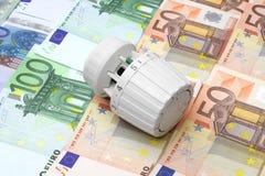 Conceito do aquecimento central e de economias de energia caros Fotografia de Stock