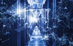 Conceito do armazenamento de dados da tecnologia da informação, da computação e  Composição abstrata com pontos e linhas e triâng fotografia de stock