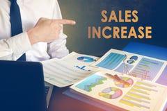 Conceito do aumento das vendas imagens de stock