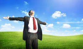 Conceito do campo de Business Success Happiness do homem de negócios Imagens de Stock
