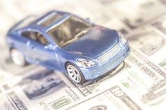 Conceito do carro e do dinheiro imagem de stock royalty free