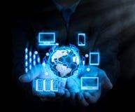 Conceito do comércio eletrônico com relação digital de VR com ícones do shopp imagem de stock