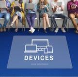 Conceito do computador da inovação do projeto de Digitas dos dispositivos imagem de stock