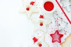 Conceito do cozimento do ano novo do Xmas do Natal com feriado bonito Santa c Fotos de Stock